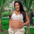 Dupla de Simaria, Simone revela ter emagrecido 8 kg após gravidez