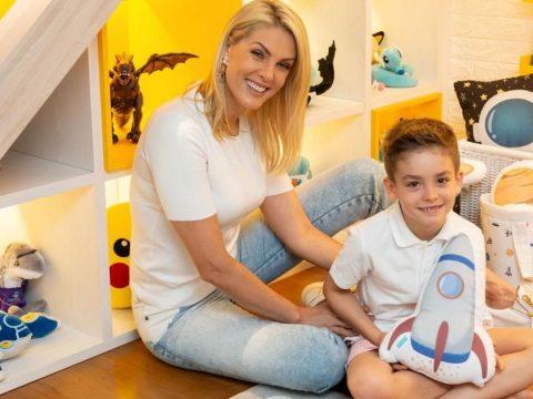Filho de Ana Hickmann faz aniversário e divide festa de 7 anos com a mãe. Veja!