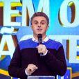 Globo quer convencer Luciano Huck a desistir da política e ocupar lugar de Faustão nos domingos em 2022