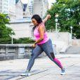 Um look fitness colorido vai te dar mais ânimo para malhar