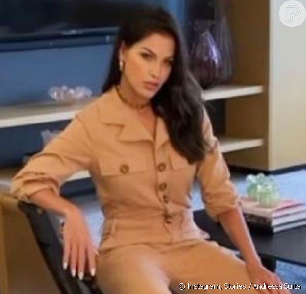 Andressa Suita estrela ensaio de moda em casa