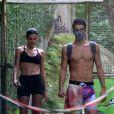 Bruna Marquezine e Enzo Celulari foram vistos juntos pela 1ª vez em trilha na Gávea